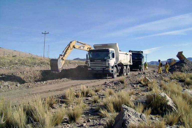 Construção e Pavimentação da rodovia Tarija-Potosí, no sul da Bolívia, pela OAS