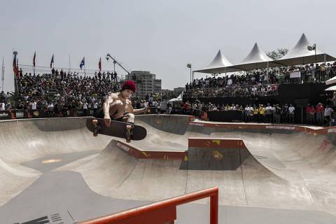 SÃO PAULO - SP - BRASIL - 15/09/2019 - 16h00: MUNDIAL DE SKATE PARK. O americano, nascido no Havaí, Heimana Reynolds foi o grande vencedor do Mundial de Skate Park, que aconteceu na pista Vans Skate Park, no parque Villa Lobos.  (Foto: Adriano Vizoni/Folhapress) *** EXCLUSIVO FSP ***