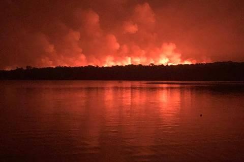Incêndio em Alter do Chão (PA) se agrava, e estado pede ajuda da Força Nacional