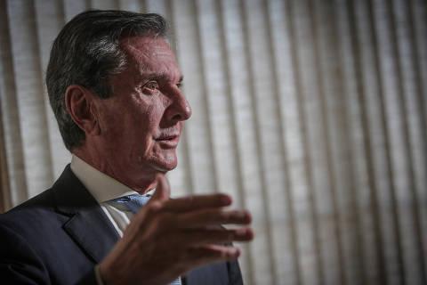 Para Collor, Bolsonaro ganharia muito se retirasse a ideologia de seu governo