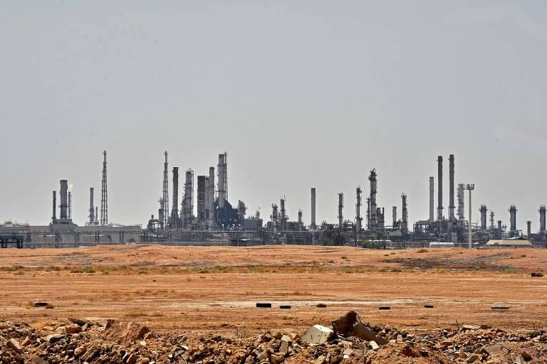 Unidade da Aramco perto de al-Khurj, ao sul da capital Riyadh