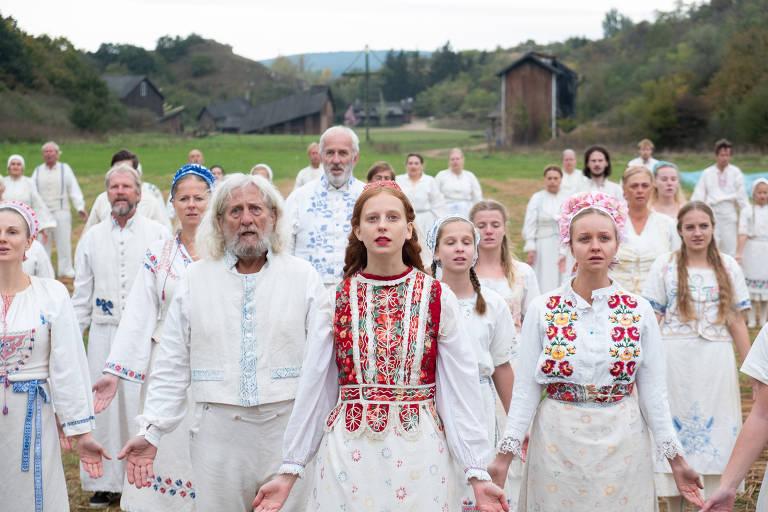 Veja cenas do filme 'O mal não espera a noite - Midsommar'