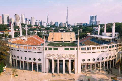 São Paulo, SP, Brasil, 16-09-2019: Concessão do Estádio Pacaembu. Imagens aéreas (drone). Estádio Municipal Paulo Machado de Carvalho. (foto Gabriel Cabral)