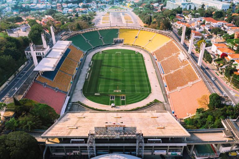 Vista aérea do estádio do Pacaembu, atualmente administrado pelo consórcio Allegra