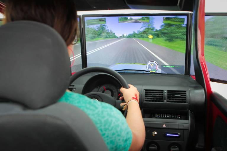 Autoescola em Mogi das Cruzes (SP) com teste de simulador
