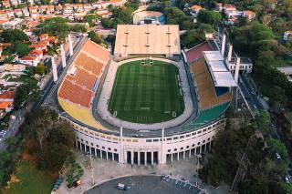 Vista aérea do estádio do Pacaembu, na região central de São Paulo