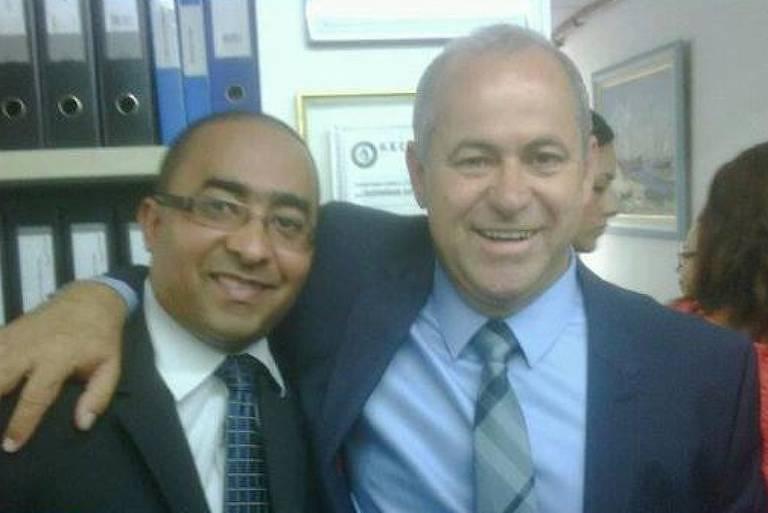 Luciano Silva de Souza (esq) e seu padrinho político Domingos Inácio Brazão