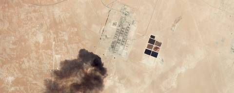 This satellite overview handout image obtained September 16, 2019 courtesy of Planet Labs Inc.  shows damage to oil/gas infrastructure from weekend drone attacks at Haradh Gas Plant on September 14, 2019 in Saudi Arabia. - Drone attacks on key Saudi oil facilities have halved crude output from OPEC's biggest exporter, catapulting oil prices by the largest amount since the first Gulf War. The crisis has focused minds on unrest in the crude-rich Middle East, with Tehran denying Washington's charge that it was responsible.Brent oil prices leapt 20 percent on Monday to chalk up the biggest intra-day daily gain since 1991. (Photo by HO / PLANET LABS INC. / AFP) / RESTRICTED TO EDITORIAL USE - MANDATORY CREDIT