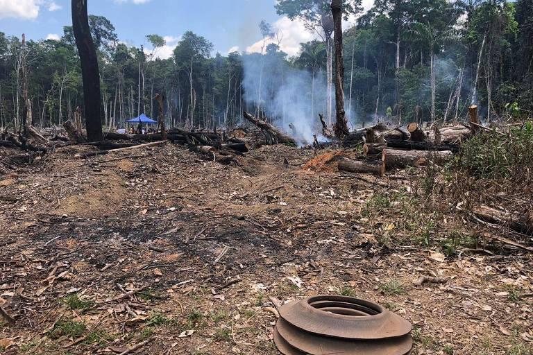 Prefeitura de cidade amazônica aciona bombeiros para combater fogo cenográfico
