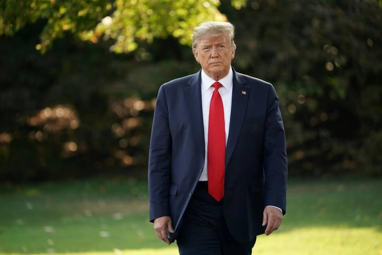 O presidente Donald Trump nos jardins da Casa Branca, em Washington
