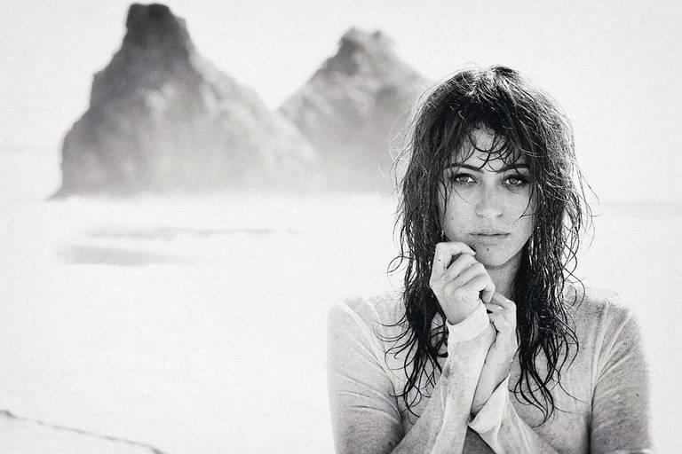 Imagens da atriz Carol Castro