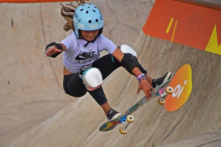 Sky Brown, 11, compete no campeonato mundial de park, em São Paulo