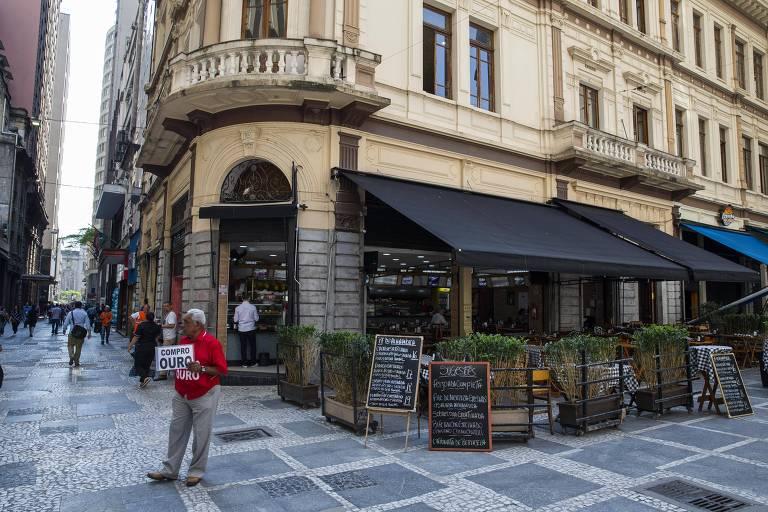 Restaurantes, casas noturnas, bares e outros empreendimentos poderão ter isenção de IPTU