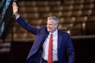 Presidential Candidates Attend New Hampshire Democratic Party Convention