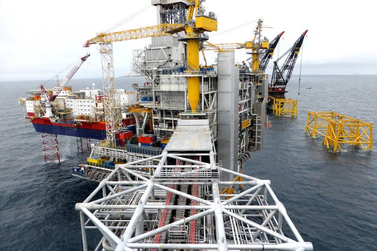 Norueguesa Equinor já possui plataformas de petróleo no Mar do Norte