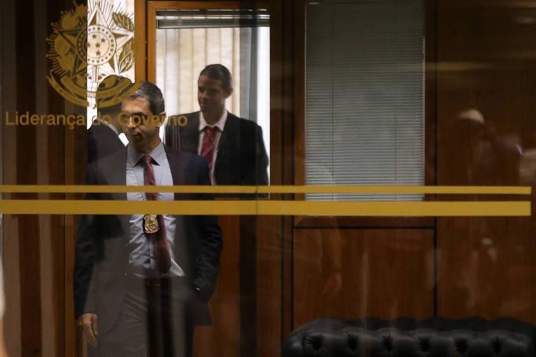 Polícia Federal faz operação de busca e apreensão no gabinete da liderança do governo no Senado, ocupada por Fernando Bezerra Coelho (MDB-PE)