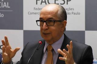 O secretário especial da Receita Federal do Ministério da Economia, Marcos Cintra, faz palestra na sede da Associação Comercial de São Paulo, sobre reforma tributária.
