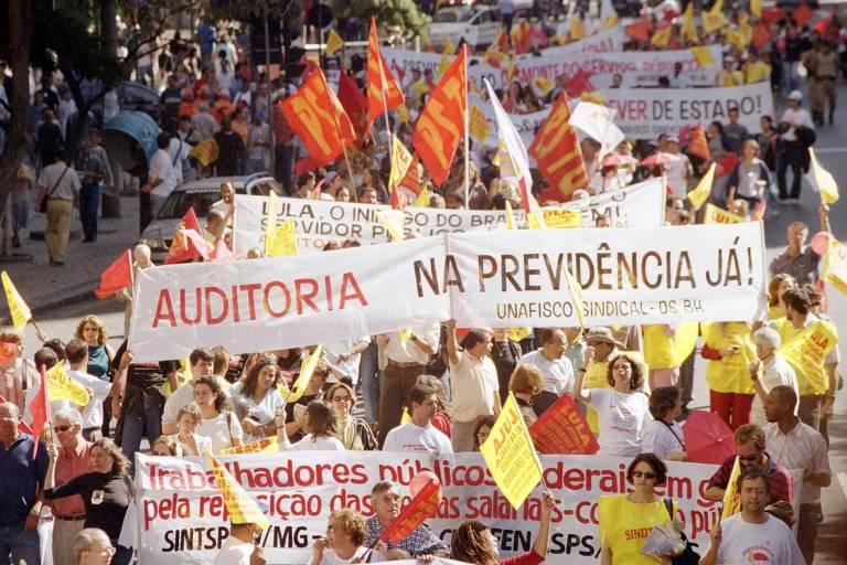 Protestos de servidores estaduais