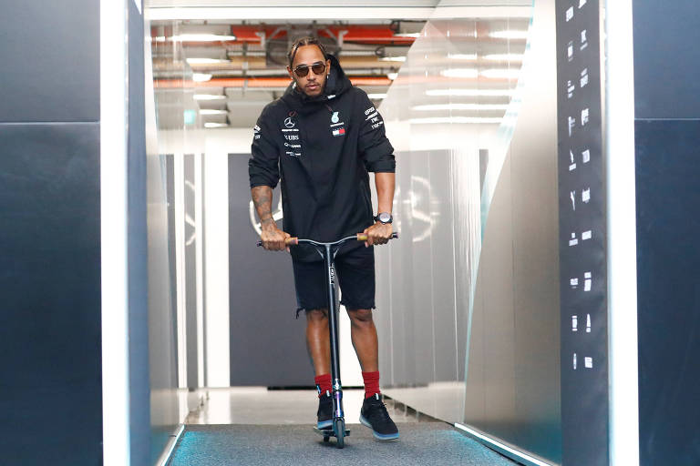 Lewis Hamilton em Singapura para o GP de F-1