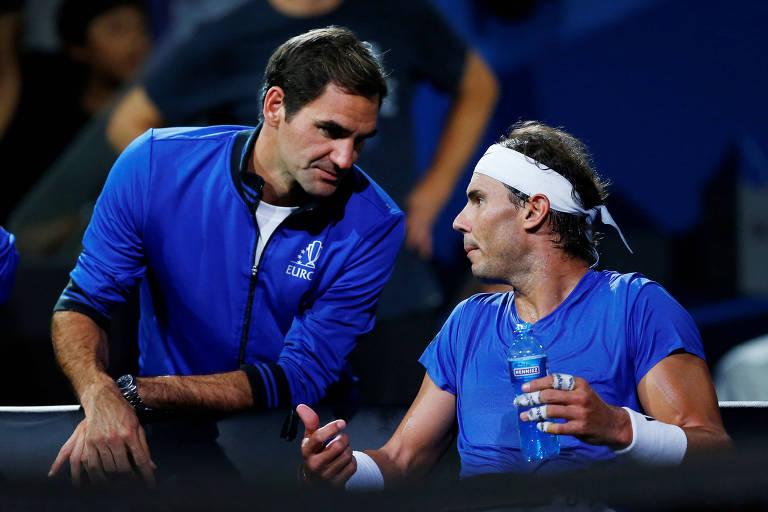 Federer e Nadal durante a Laver Cup, torneio no qual ambos integraram o mesmo time