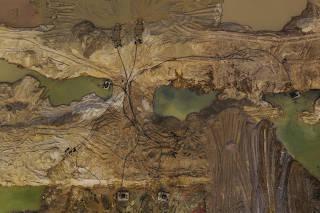 Garimpo de ouro localizado às margens do rio Peixoto de Azevedo, no norte de Mato Grosso