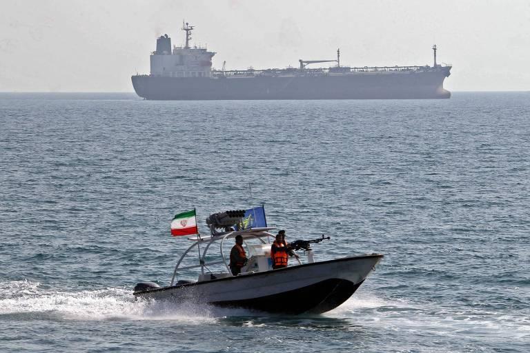 Patrulha marítima do Irã no porto de Bandar Abbas, em imagem de arquivo