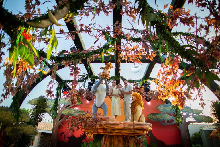 Wesley Safadão recria selva de 'O Rei Leão' em aniversário de um ano do filho Dom
