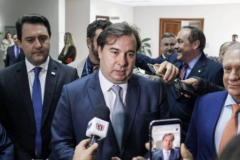 Rodrigo Maia esteve na Assembleia Legislativa do Paraná nesta segunda