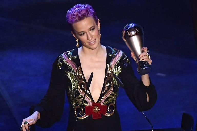 Campeã do mundo com os Estados Unidos, Rapinoe faturou o prêmio de melhor jogadora