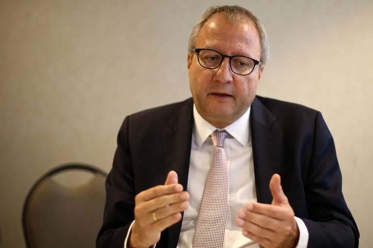 O presidente do Tribunal Constitucional Federal Alemão, Andreas Vosskuhle, durante entrevista à Folha