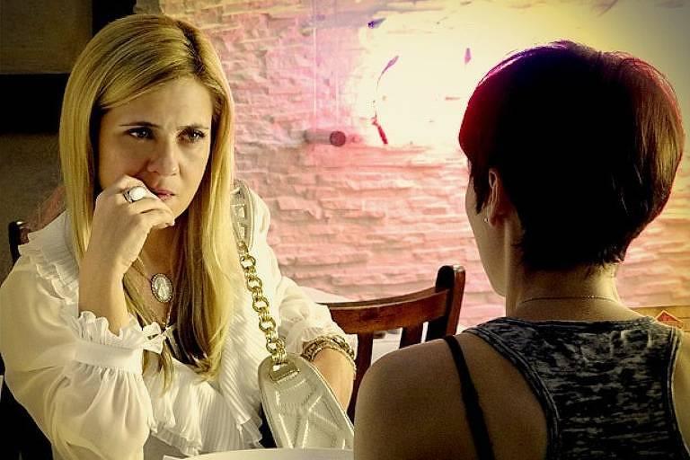 Carminha (Adriana Esteves) e Nina (Débora Falabella)