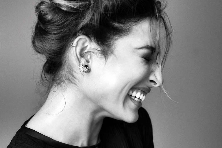 Imagens da atriz Giselle Itié