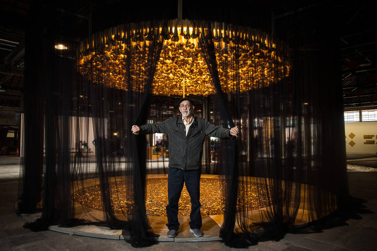 Cildo Meireles expõe 150 obras no Sesc Pompeia