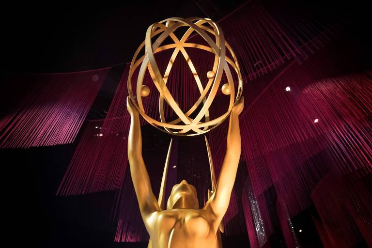 Detalhe da decoração da cerimônia do Emmy de 2019, inspirada no troféu distribuído aos melhores da televisão americana