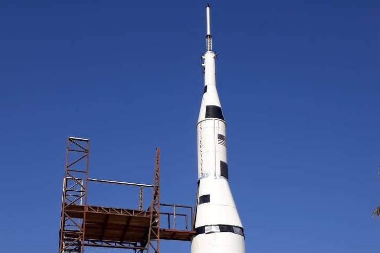 Réplica da nave Apollo 11 no norte do Paraná