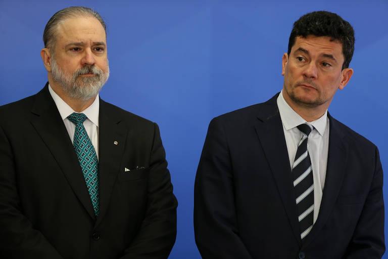 Augusto Aras (PGR) e o então ministro Sergio Moro em evento no Planalto