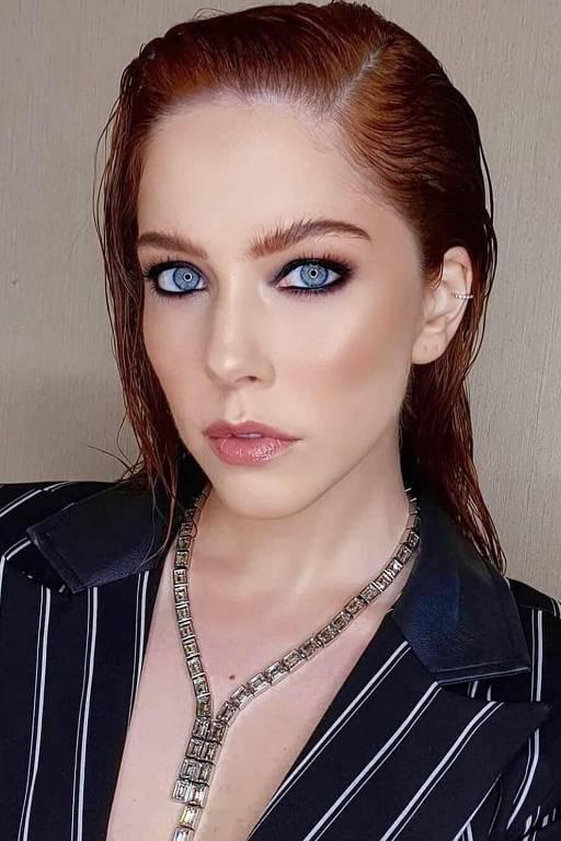 Imagens da atriz Bia Arantes