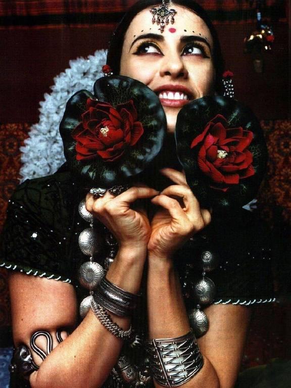 Imagens da atriz Fernanda Torres
