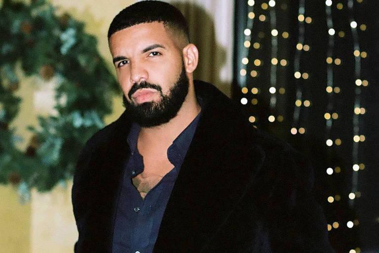 Drake faz investimento em empresa de frango à base de plantas