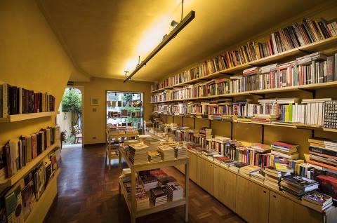 Sao Paulo, SP, BRASIL, 19-09-2019:  Cad Especial Economia da Arte. Mercado Editorial. Espaco da  livraria Mandarina (localizada na rua Ferreira de Araujo, em Pinheiros ) inaugurada recentemente (Foto: Eduardo Knapp/Folhapress, SUPLEMENTOS).