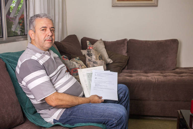 Renato de Aguiar Guimarães aguarda a conta do INSS para poder fazer o pagamento devido e pedir sua aposentadoria por tempo de contribuição