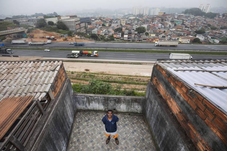Vigia da USP, Januário Alves foi torturado em supermercado