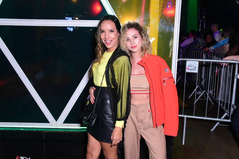 Laryssa Ayres e Mayra Maia no Rock In Rio