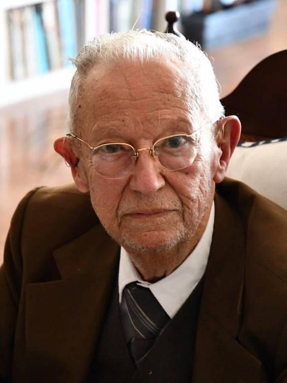 O médico oftalmologista Jorge Alberto Fonseca Caldeira