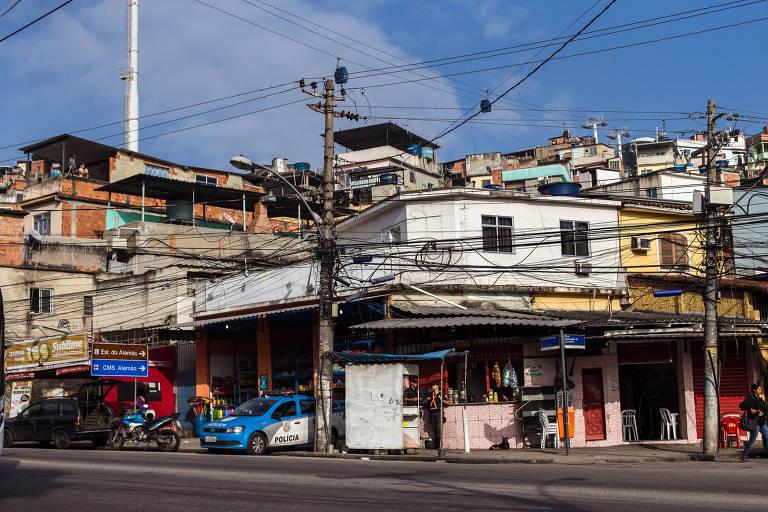 O Complexo do Alemão, na zona norte do Rio, passa por momentos de violência