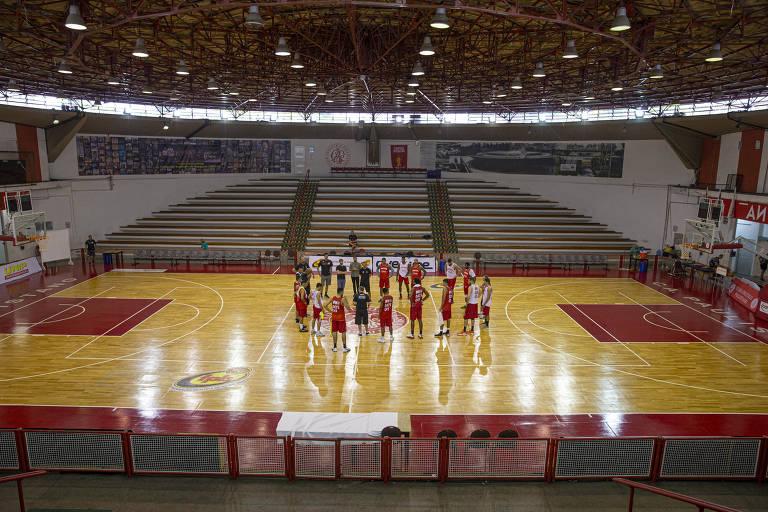 Situação atual do ginásio do clube Paulistano