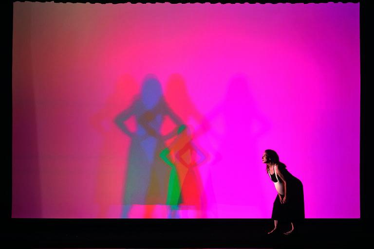 Festival de teatro italiano contemporâneo invade palco do Sesc Pompeia