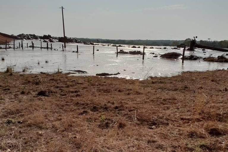 Barragem se rompe em Nossa Senhora do Livramento (MT)