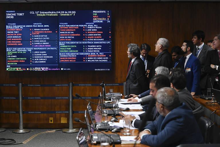 Reforma da Previdência é aprovada em primeiro turno no Senado