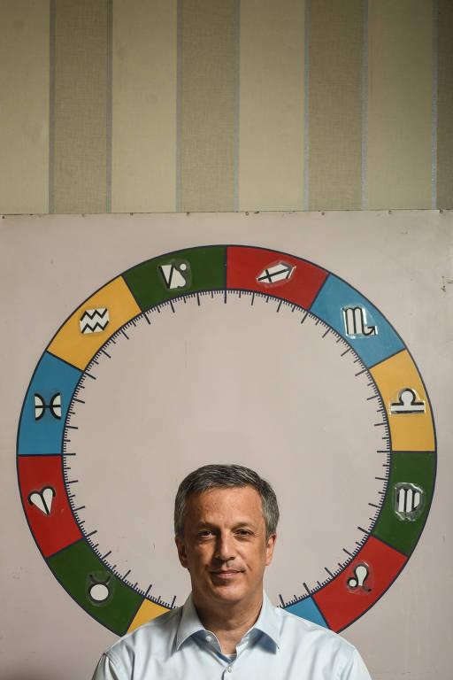 Astrólogo Alexandre Chut faz previsões para outubro